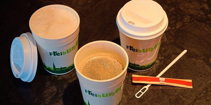"""Das Mehrwegpfandsystem unter dem Namen """"Freiburger Cup-Becher"""" ist Vorreiter in Sachen Nachhaltigkeit."""