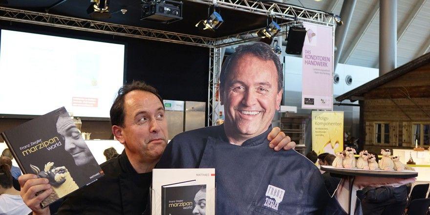 Zweimal Franz Ziegler: Aus Pappe und live auf der Südback.