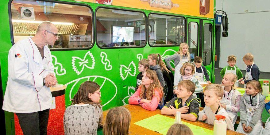 Der Backbus ist bei der Internationalen Grünen Woche ein Highlight für die Kinder.
