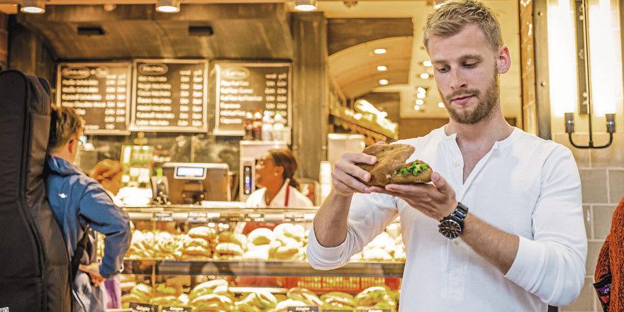 Kunden vergleichen: Beim Bäcker müssen Snacks wertiger sein als beim LEH.