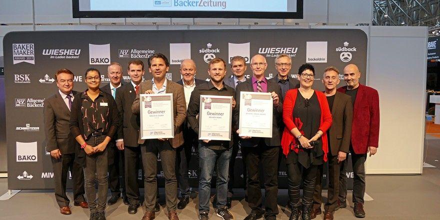 Siegerehrung für die BakerMaker 2017: Sie haben den Ausbildungspreis für ihre vorbildliche Ausbildung erhalten.
