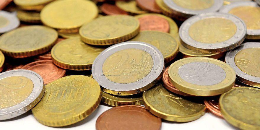 Die Mindestlohn-Kommission empfiehlt eine Anhebung in zwei Stufen.