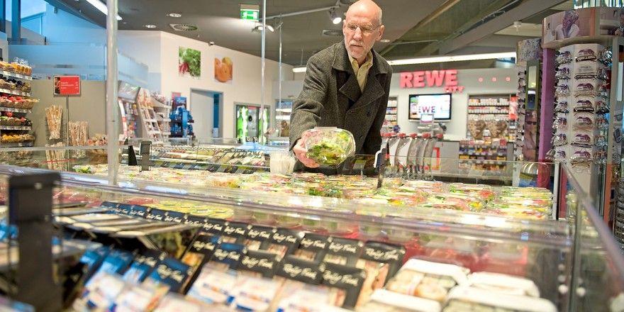 Auch Supermärkte bieten mittlerweile ein große Auswahl an Snacks.