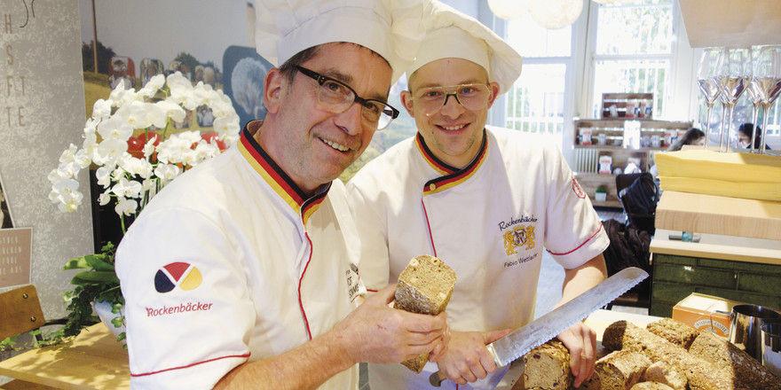 Möchten dem Brot die Seele zurückgeben: Bernd (links) und Fabio Wettlaufer.