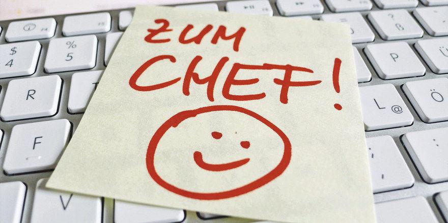 Zum Gesprächstermin beim Chef sollten Mitarbeiter gerne gehen und nicht mit Bauchgrummeln.