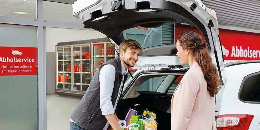 Die Ware kann verpackt ins Auto geladen werden.