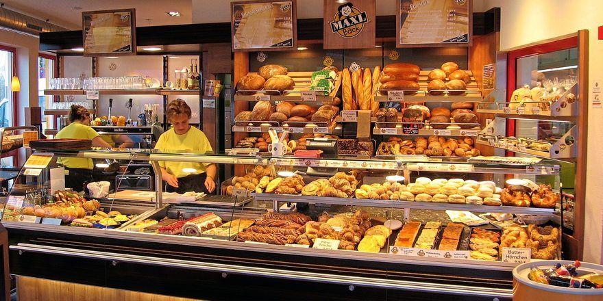Backwaren werden hauptsächlich beim Handwerksbäcker gekauft, Supermarkt und Discounter holen jedoch auf.