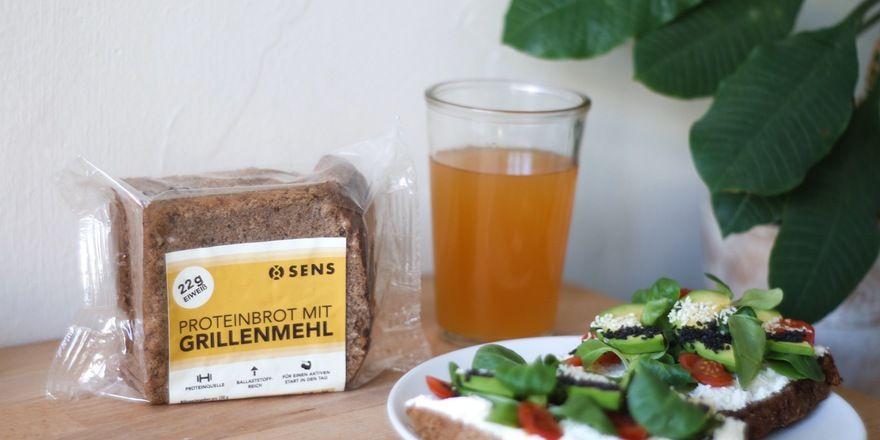 Tegut vertreibt Brot von Sens mit dem Zusatz gemahlener Heuschrecken.