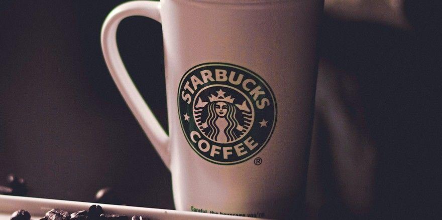 Ab September werden neue Starbucks-Produkte in Supermärkten eingeführt, dazu gehören unter anderem auch Kaffeebohnen.