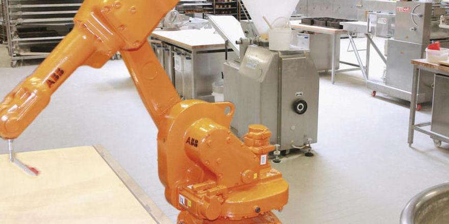Digitale Welt: Roboter für die Teigbearbeitung.