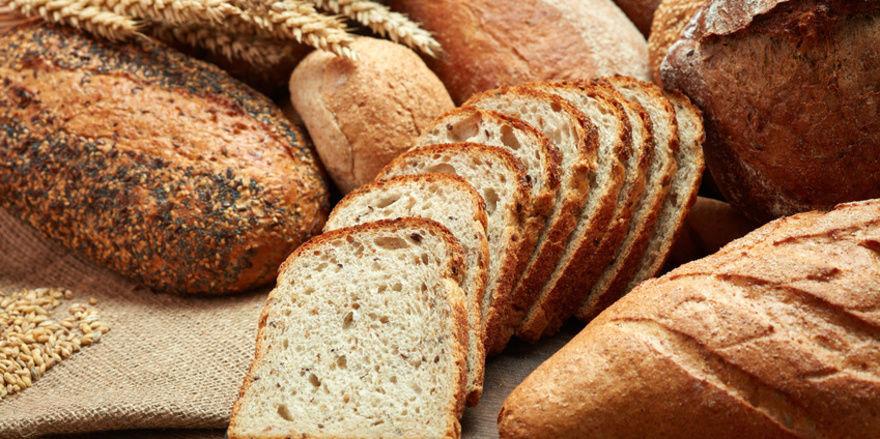Deutsche Haushalte haben im Jahr 2017 rund 56 Kg Brot verbraucht.