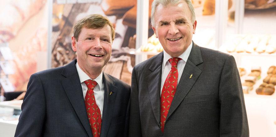 Freuen sich über die neue Tochterfirma Backaldrin Suisse AG: Peter Augendopler (rechts) und Geschäftsführer Robert Hauser.