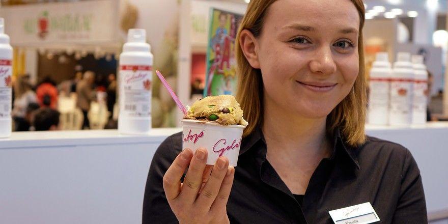 Cookie dough - Keksteig zum Löffeln - heißt die Sorte von Gelatop, die in Verbindung mit anderen Eissorten eine cremige Abwechslung darstellt.