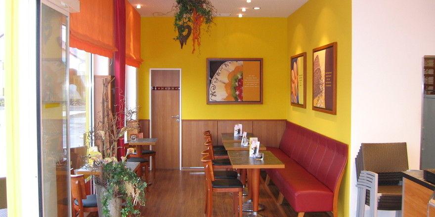 Leer: So sollen in Bayern die Cafébereiche der Bäckereien ab 15 Uhr aussehen.
