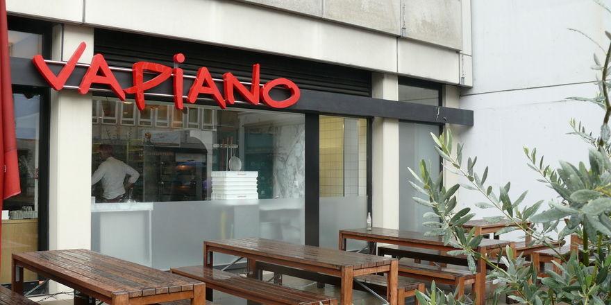 Schließung von Filialen, eingeschränkte Öffnungszeiten und weniger Gäste - Vapiano hat Unterstützungsbedarf angekündigt.