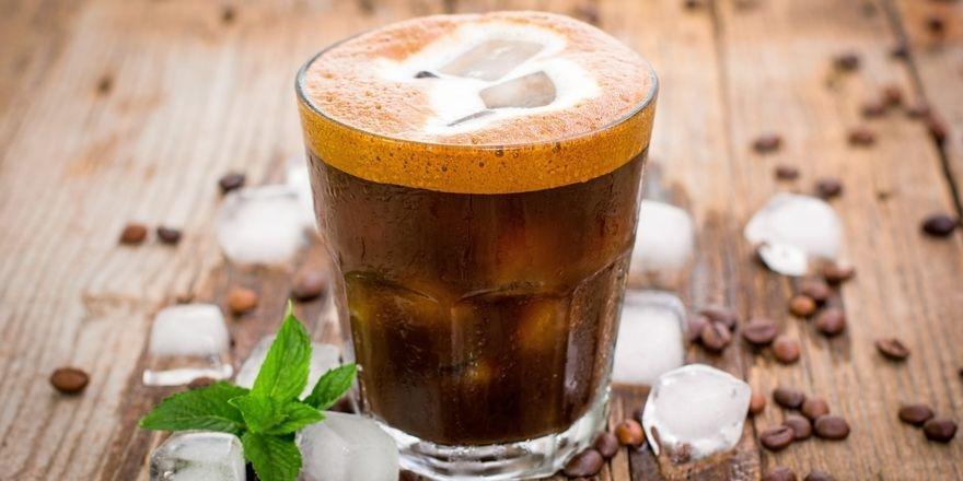 Ob Cold Brew zum Angebot eines Bäcker-Cafés gehören sollte, hängt vom Standort ab.