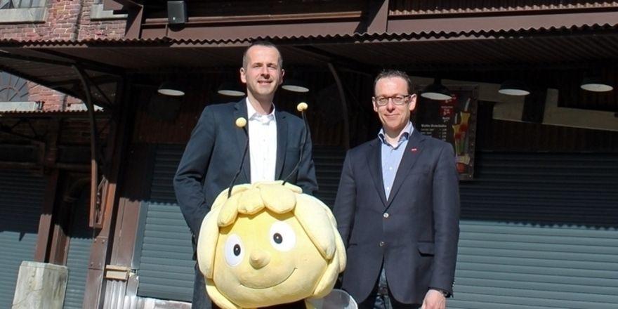 Freuen sich auf einen erfolgreichen Saisonstart mit neuer Görtz-Filiale: Parkmanager Bernd Beitz (links) und Peter Görtz.