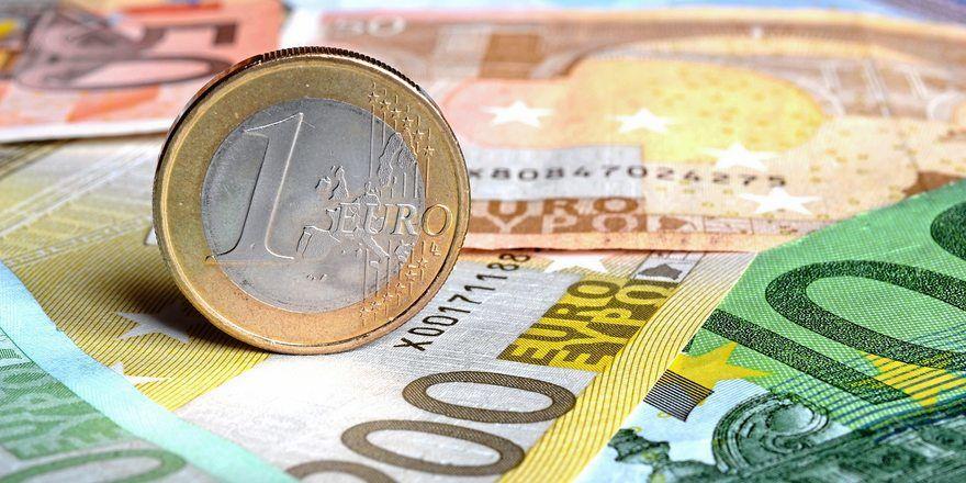 Der NGG-Landesbezirk Bayern fordert mehr Geld für Beschäftigte im Bäckerhandwerk.