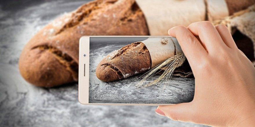 Mit dem Handy sollen Bäcker aufnehmen, was sie in ihrem Arbeitsalltag produzieren.