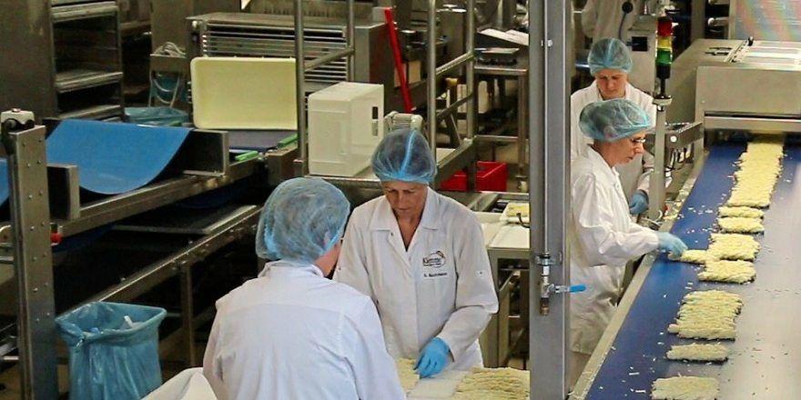Weltweit laufen viele Produktionslinien bei Aryzta mit reduzierter Kapazität.