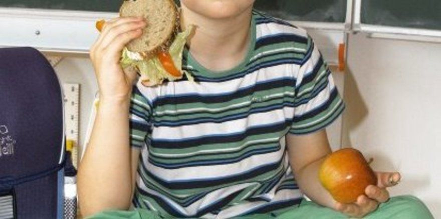 Belegte Brote und Brötchen liegen mit 90 Prozent ganz oben in der Gunst der Kids für einen leckeren Pausen-Snack.