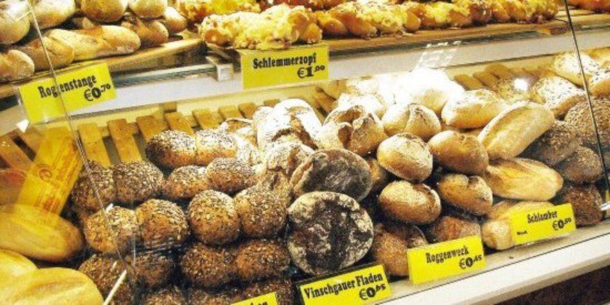 """Sollte eine Kennzeichnung von Allergenen auch für unverpackte Lebensmittel verpflichtend werden, droht Bäckern bei Kleingebäcken und besonders bei Feinen Backwaren eine regelrechte Flut von Pflichtangaben. <tbs Name=""""foto"""" Content=""""*un""""/>"""