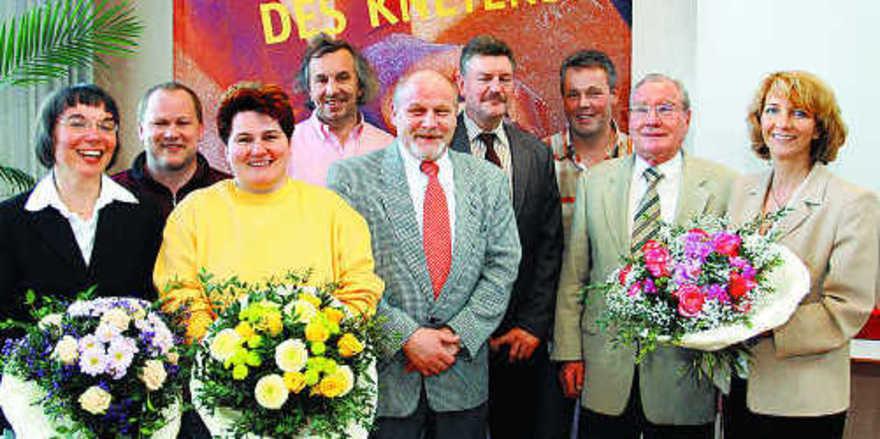 Auf der Versammlung in Mannheim (von links): Ute Sagebiel-Hannich, Geschäftsführerin des BIV Baden, Matthias Gehrig (Vorstandsmitglied), stellv. OM Juliane Ockert, stellv. OM Peter Kapp, Obermeister Norbert Magin, Wolfram Gothe (Kassenprüfer), BM Ger