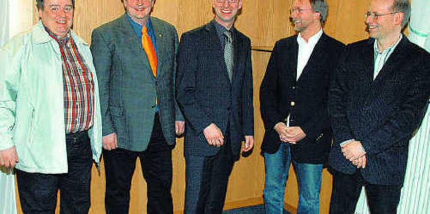 Der neue Vorstand des Bäcker-Bezirksverbandes Hildesheim mit Godehard Höveling, Achim Friehe, Matthias Zieseniß, Henning Rolf und Thomas Blum (von links).
