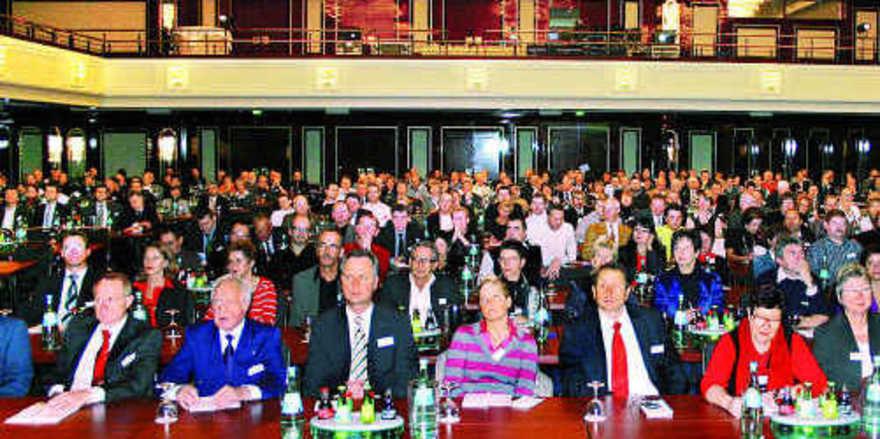 Beindruckende Kulisse: Über 400 Teilnehmer nutzten den 20. Bäko Workshop, um sich auf den neuesten Stand bei Branchen-, Gesellschaft- und allgemeinen Wirtschafts-News zu bringen.