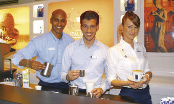 Service, Qualität und Lifestyleambiente: Lavazza, einer der Aussteller im Rahmen der Branchen-Veranstaltung, demonstrierte gelebte Kaffeekultur – ein Anschauungsunterricht mit Genusswert.