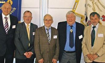 Engagierter Vorstand (von links): Geschäftsführer Nikolaus Junker, Landesinnungsmeister Hans-Joachim Blauert, Werner Klinkmüller, Hartmut Spaethe, Schatzmeister Harald Prohassek, Rolf-Michael Schmidtke und Uwe Mahlkow.