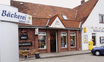 In der Bäckerei Lüttel in Lingen mit vier Verkaufsstellen inklusive Stammhaus und Produktionsstandort sind vier Blockheizkraftwerke im Einsatz. Das jährliche Energieeinsparvolumen beträgt immerhin 15.000 Euro.