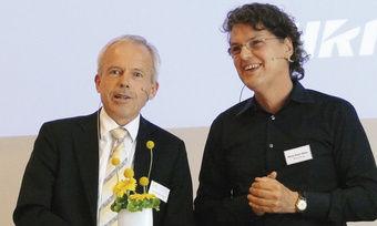 Verbandsgeschäftsführer Andreas Kofler (links) hier im Interview mit Heinz Peter Otten – moderierte gewohnt souverän durch die Tagung.