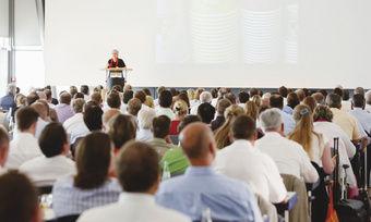 Gretel Weiß verdeutlicht den rund 350 Branchenvertretern auf dem Kongressmesse Snack 12 das enorme Wachstumspotenzial des Marktes.