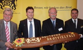 Tauschen sich aus: (von links) Peter Becker, Christian von Stetten, Jörg von Pohlheim und Amin Werner.