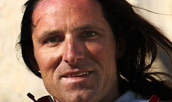 Extrembergsteiger Alexander Huber zeigt den Tagungsteilnehmern den Weg zum Gipfel – auch unternehmerisch.