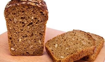 Steinhartes Korn oder Stein im Brot, das ist die Frage - zumindest im Fall des Zahnschadens einer Kunding in Recklinghausen.