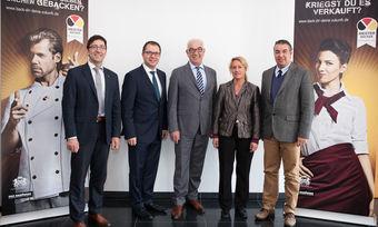 Stephan Schwind, Wolfgang Mayer, Wolfgang Schäfer, Susanne Steinfort, Amin Werner (von links) machen sich auch künftig für den Nachwuchs stark.