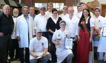 Teilnehmer und Macher des Bäcker-Cups mit der Württembergischen Brezelprinzessin Katia Di Lella.