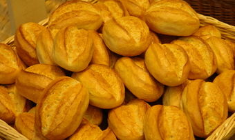 Nach dem Einstieg der DBAG sollen die Brötchen der Dahlewitzer Landbäckerei an weiteren Standorten angeboten werden.