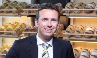 Björn Quakernack wird Nachfolger von Verkaufsdirektor Klaus Nannt.