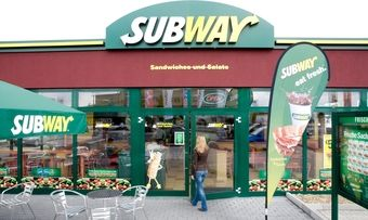 Subway ist in Hamburg gut unterwegs.