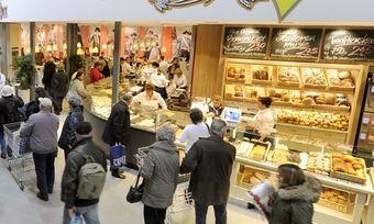 Mit neuen Produkten und modernsten Produktionsbedingungen wollen Großbäckereien die Umsätze ankurbeln.