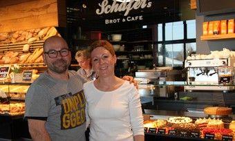Jochen und Tanja Schäfer freuen sich über die gelungene Umsetzung ihrer Idee.