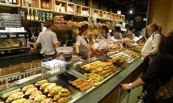 Auch Heberer zeigt bislang am Frankfurter Flughafen Flagge. Unter anderem mit seiner Traditional Bakery.