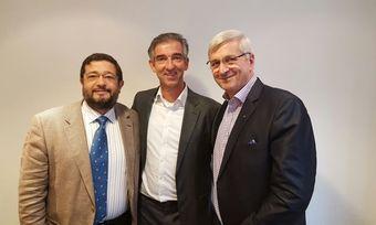Führungstrio (von links): José María Fernández del Vallado, Jos den Otter und Günther Koerffer.