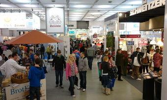 In den Hallen 1, 2 und 4 des Dresdner Messegeländes präsentieren rund 215 Aussteller ihre Angebote.