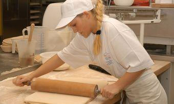 Inzwischen sind mehr als ein Viertel der Auszubildenden im Bäckerhandwerk weiblich.