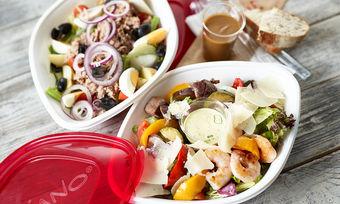 Vapiano liefert nun Salate, Pasta und Süßspeisen bis zur Haustüre oder ins Büro.