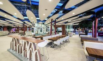 Das Restaurant der Zukunft im Terminal 2 des Frankfurter Flughafens.